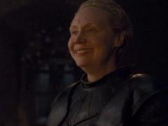 《权力游戏8》女人地位提高 女爵布琳怎么成为爵士